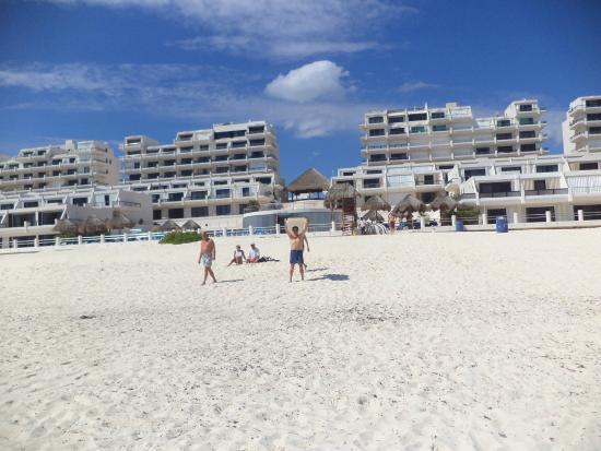 Rea de la playa marl n picture of villas marlin cancun for Villas marlin cancun