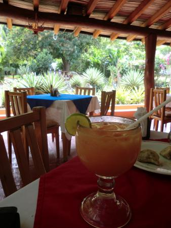 Mi Chayito : Fresh Fruit Drinks