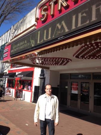 Earl Smith Strand Theatre: Vá ao Teatro !