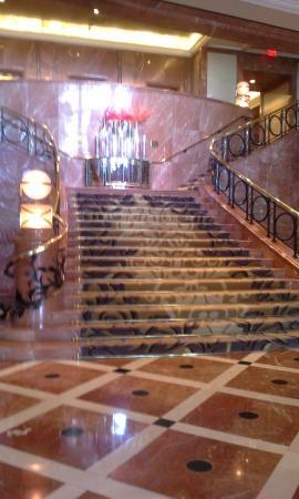 Four Seasons Hotel Atlanta : Entrance