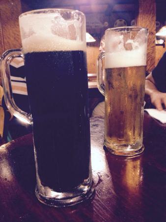 Tante Leny: cerveza artesanal, negra y rubia