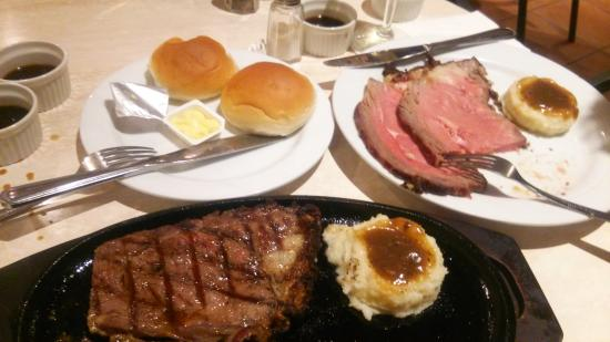 Restaurant & Lounge MAIN: 写真の前に少し食べてしまいました