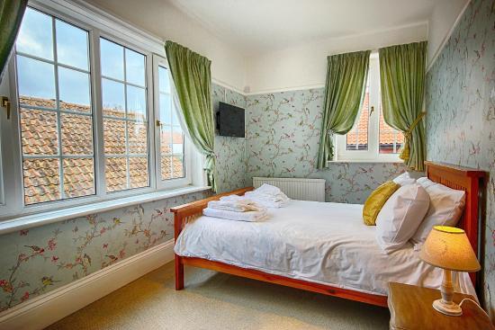Drury lane picture of burlington berties boutique hotel for Best boutique hotels east anglia