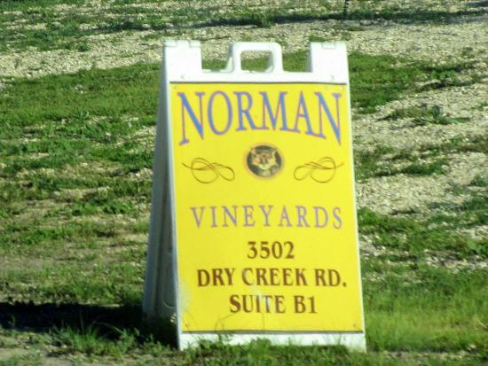 ‪Norman Vineyards‬