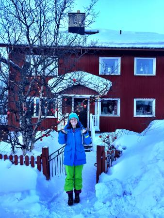 Point North Youth Hostel: Me in front of Point North Hostel