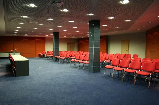 """Topos Congress-Hotel: Конгрессный зал """"Бета"""""""