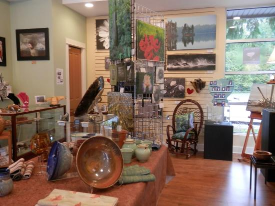 Oceanside Village Artists' Gallery