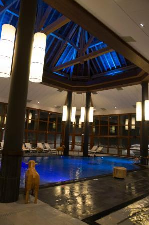 Piscine picture of club med valmorel valmorel tripadvisor for Valmorel piscine spa