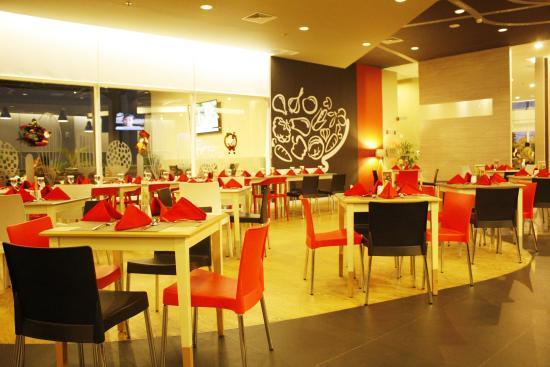 taste restaurant picture of ibis surabaya city center hotel rh tripadvisor com
