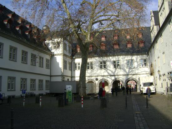 Rathaus (town hall)