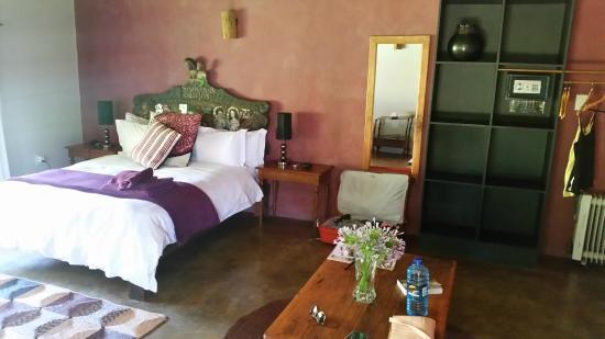 Malandela's Guest House: room