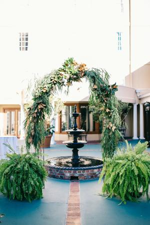 DoubleTree by Hilton Hotel and Suites Charleston - Historic District: The DoubleTree courtyard is a hidden gem in the heart of Charleston's Historic District