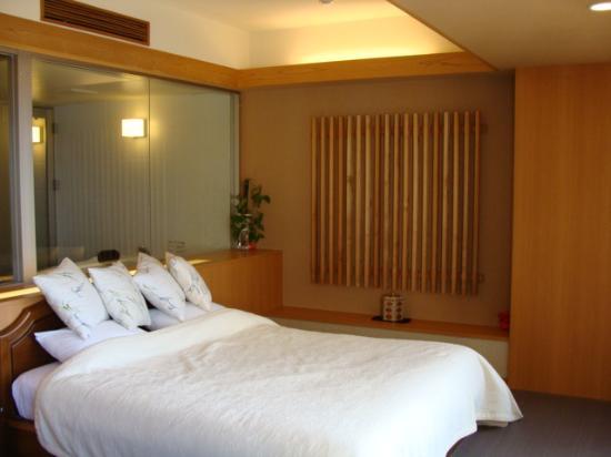 Noushu Iroha: ベッドスペース