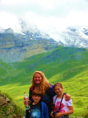 Grindelwald, Suiza: Beautiful despite loud clouds