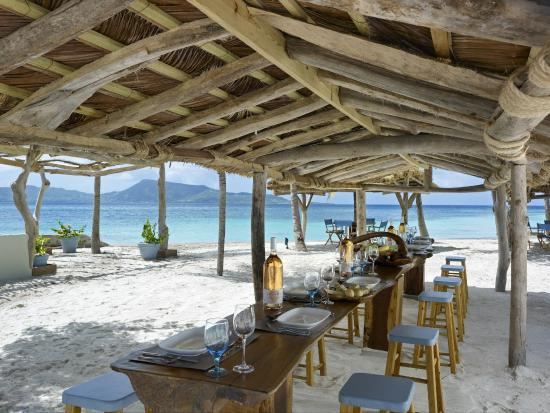 Goatie's : Goaties Beach Bar & Restaurant Dining Area