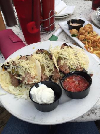 Wildside BBQ Bar & Grille : Brisket tacos