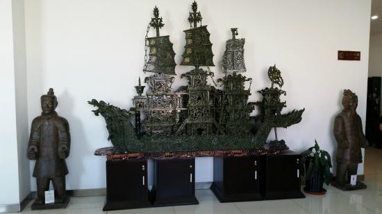 Run-ze Jade Garden: Jade ship.  Pretty awesome.  60k american but pretty awesome.