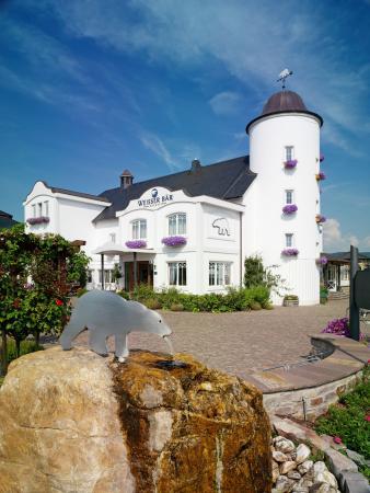 Hotel Weisser Baer: Frontansicht vom Hotel Weisser Bär