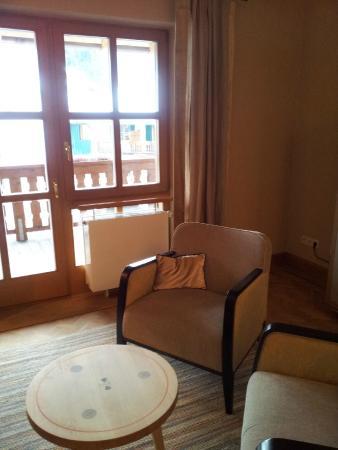 Hotel Bachmair Weissach: Wohnzimmer Suite