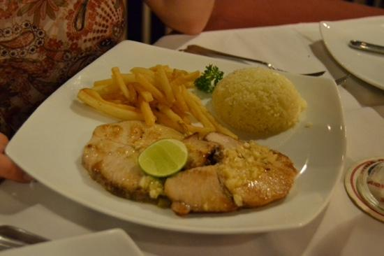 AIDA Seafood Restaurant: стейк из акулы