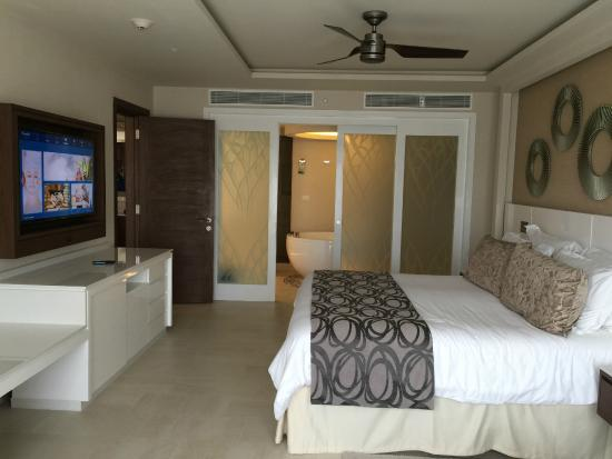 Bedroom Of President Suite Picture Of Royalton Riviera Cancun Resort Amp Spa Puerto Morelos