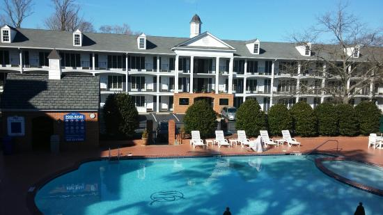 Westgate Historic Williamsburg Resort: The view from our huge balcony!