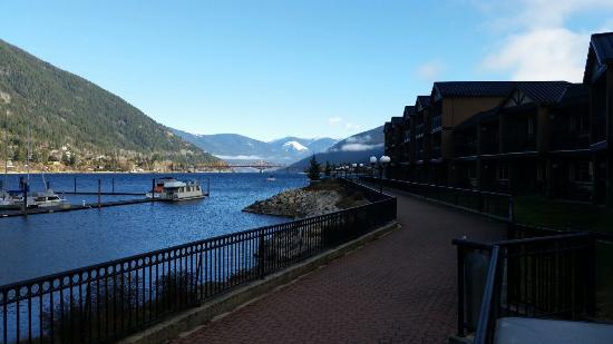 Prestige Lakeside Resort: On the hotel deck.