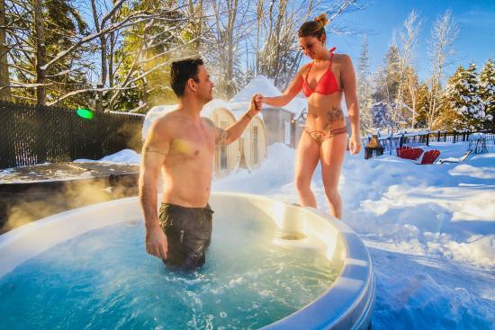 Hotel Spa Chateau Sainte-Adele: Moment de romance spas extérieures