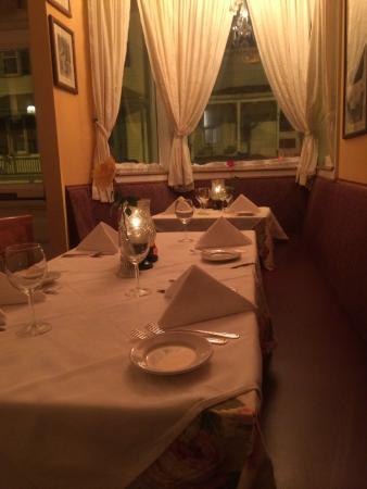 Mamma Luisa Restaurant : Cozy dining room great for a romantic dinner