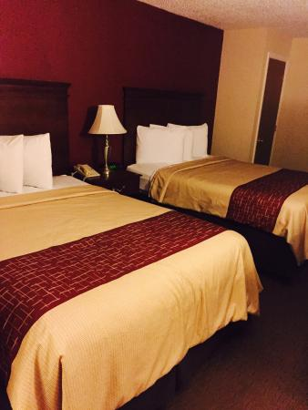 Red Roof Inn Nashville - Music City: Double beds