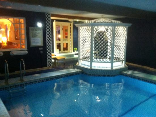 Park Manor Hotel : Lovely pool , clean and relaxing