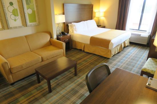 Holiday Inn Express San Francisco Airport-North: Room 303
