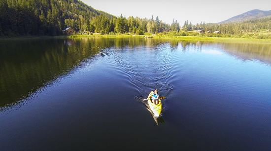 Alpine Meadows Resort: Lake Kayaking