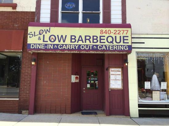 Barbeque In Hillsboro Ohio Picture Of Slow And Low Barbecue