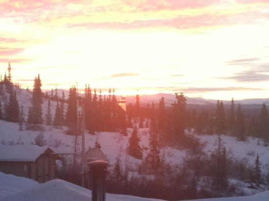 Alpine Creek Lodge: Sunrise from the deck!