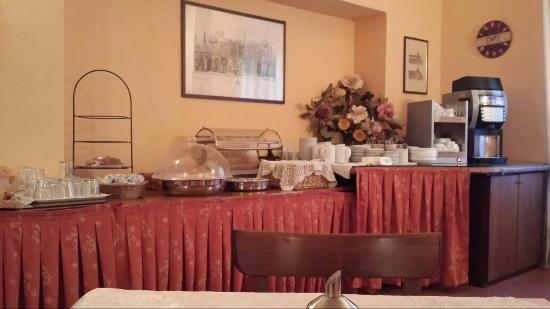 Hotel Verdi : Sala colazione