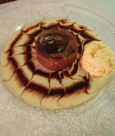 Byblos : Chocolate lava cake and ice cream