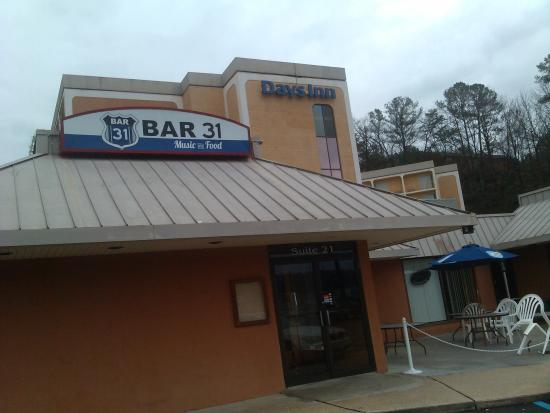 Days inn birmingham al updated 2018 hotel reviews for Food bar in birmingham al
