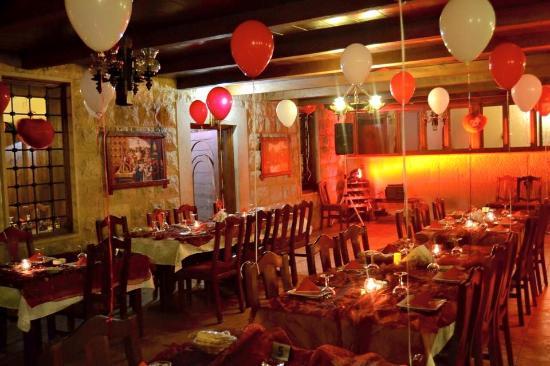 valentine 2015 decoration picture of baytna restaurant barouk tripadvisor. Black Bedroom Furniture Sets. Home Design Ideas