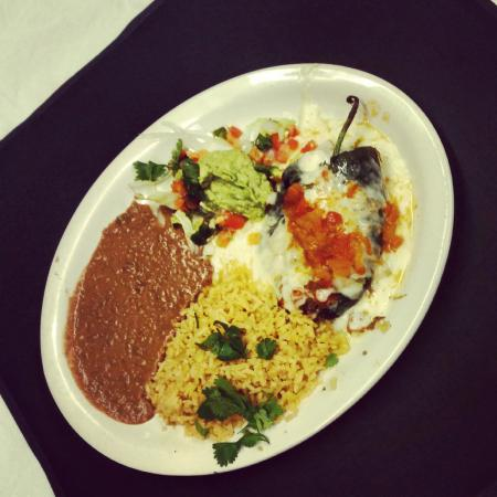 Dos Mas Mexican Restaurant : Chile Relleno