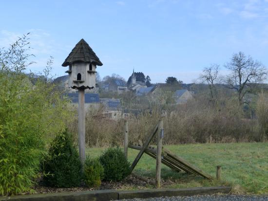 Auberge du Pont Lavoir: zicht op Chardeneux