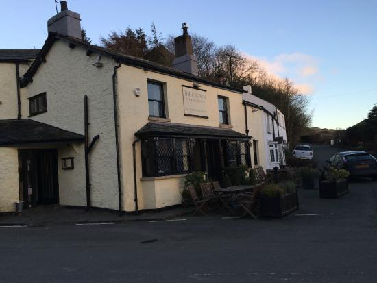 The Crown Country Inn: The Crown