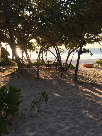 Playa Esperanza: Outside our cottage