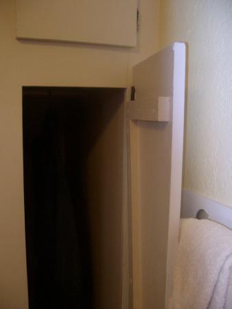 Tiny closet, room #8, Aura Soma Lava