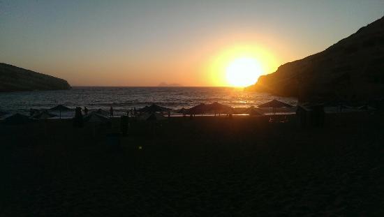 Hotel Calypso Matala: Jeden Abend im Juli/August gab es so einen Sonnenuntergang...