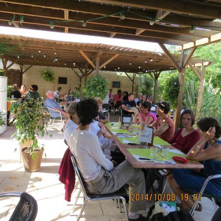 La Table de Chez Nous : the out side eating area
