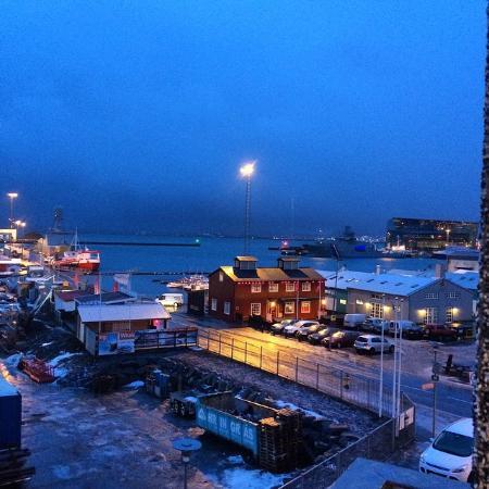 إيسلاندر هوتل ريكيافيك مارينا: View from Harbor Side Room 2 10:30 am