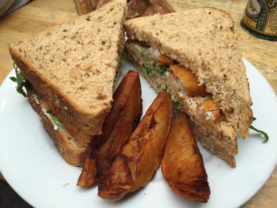 Fish finger sandwich picture of homemade nottingham for Good fish sandwich near me