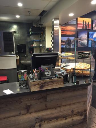 Pacific Avenue Pizza & Grille