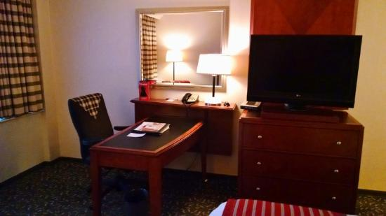 Fullerton Marriott at California State University: room